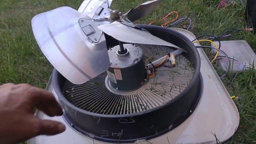 Condenser fan motor and fan blade